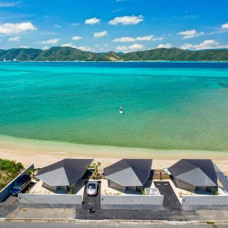 伝泊 The Beachfront MIJORA drone shot denpaku 奄美大島 amami リゾート